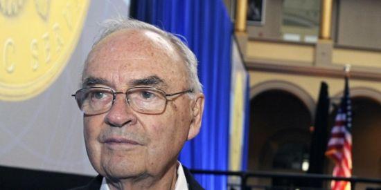 90 yaşındaki ABDli eski senatör aşkı bir erkekte buldu